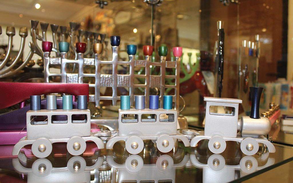 Chanukah shopping at Temple Israel